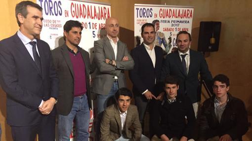 Francisco Rivera estuvo presente en la presentación de los carteles