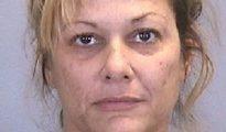 Jaimie Ayer, de 40 años, fue arrestada esta semana por tres cargos de actividad sexual ilegal después de haber tenido relaciones sexuales con menores de 16 y 17 años el pasado diciembre