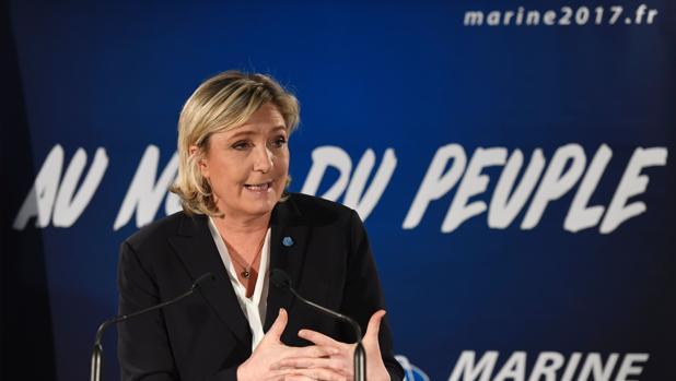 Le Pen es favorita en los sondeos de la primera vuelta de las próximas elecciones presidenciales en Francia