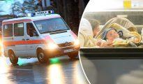 Una ambulancia traslada al bebé de un año golpeado por los sirios.