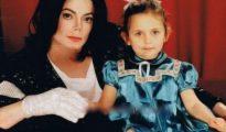 Paris de pequeña junto a su padre, Michael Jackson