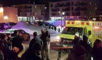 Una ambulancia en el lugar del tiroteo