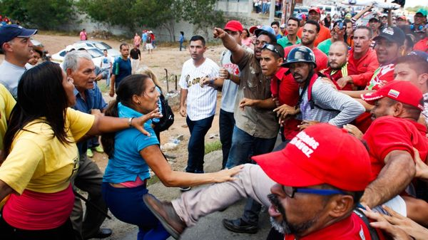 El conflicto entre opositores y gobierno genera cada vez más agresiones