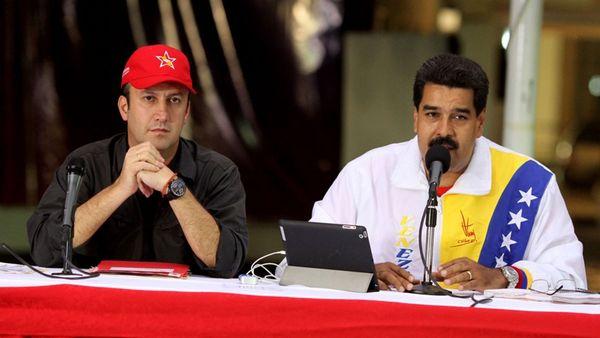 Nicolás Maduro junto a Tareck El Aissami