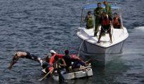 La guardia costera cubana detiene a un grupo de balseros que intentaban llegar a Florida