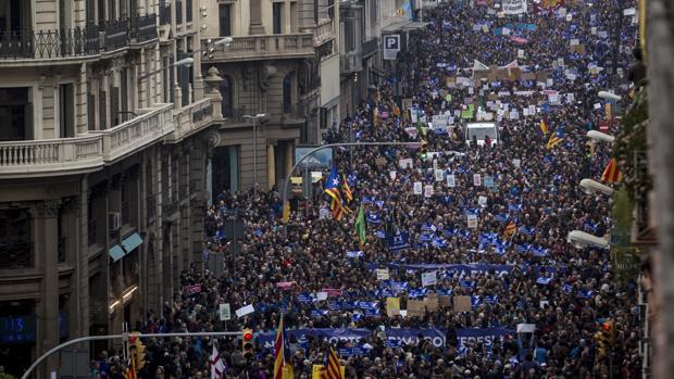 La manifestación llenó la Via Laietana