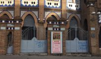 Pintadas contra Balañà en la puerta de La Monumental