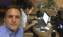 Leandro Stoliar, uno de los periodistas brasileños a quienes les ordenaron dejar Venezuela por su trabajo (@LeandroStoliar)