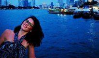 Andreea Cristea es la mujer que se arrojó al Río Támesis durante el atentado en Londres. Hoy es su cumpleaños (facebook)