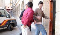 Los dos jóvenes detenidos.