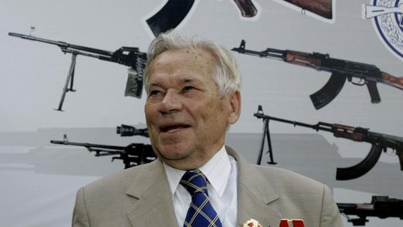 Mijail Kalashnikov, diseñador de armas ruso.