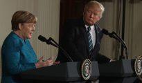 Donald Trump recibió a Angela Merkel en EEUU y exigió que todos los miembros de la OTAN aporten más fondos