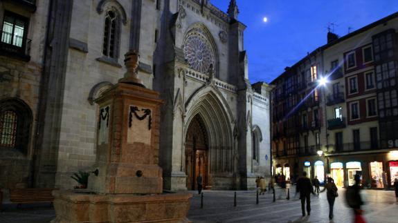 Exterior de la Catedral de Santiago (Foto El Correo)