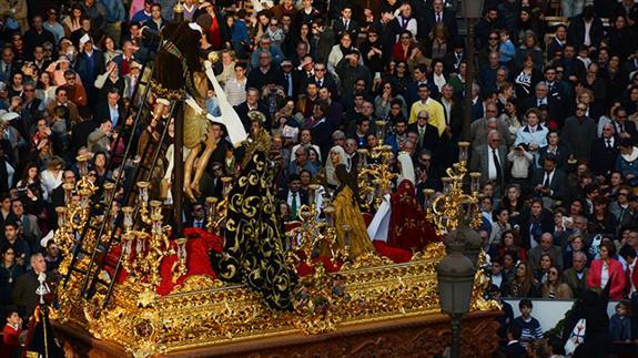 Misterio de la Trinidad de las Cinco Llagas de Sevilla