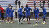 Los jugadores del Eldense, club salpicado por los amaños, durante un entrenamiento