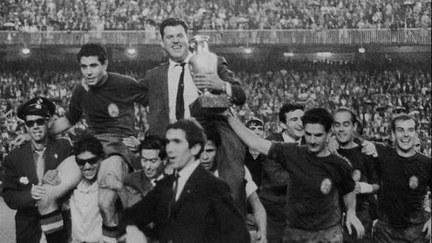 Eurocopa de fútbol de 1964. España se impuso en la final a la Unión Soviética.