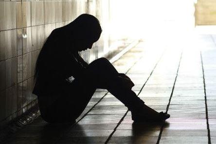 La joven está siendo tratada por psicólogos
