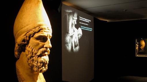 Una de las salas de la exposición en el Museo del Ara Pacis