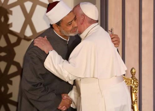El Papa, con el jeque Al Azhar