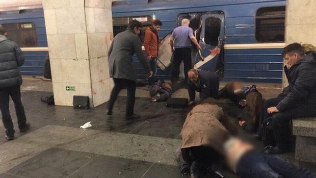 Así quedó uno de los vagones tras el atentado en San Petersburgo