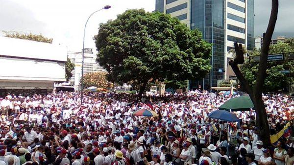 Los venezolanos vuelven a salir a las calles