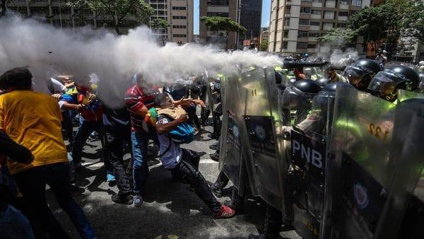 Los venezolanos salen nuevamente a las calles para protestar contra el régimen de Nicolás Maduro