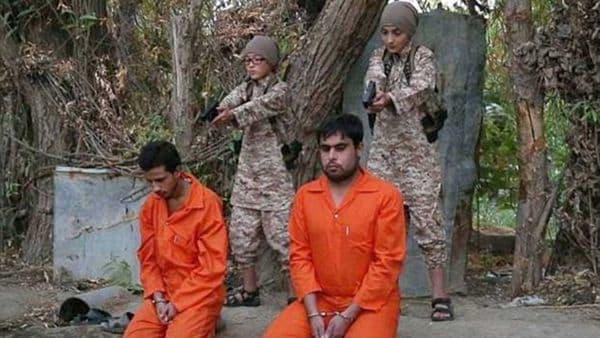Los niños son obligados a participar de las ejecuciones