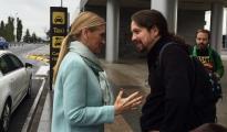 Cristina Cifuentes y Pablo Iglesias.