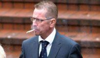 John Cox a la salida del juzgado
