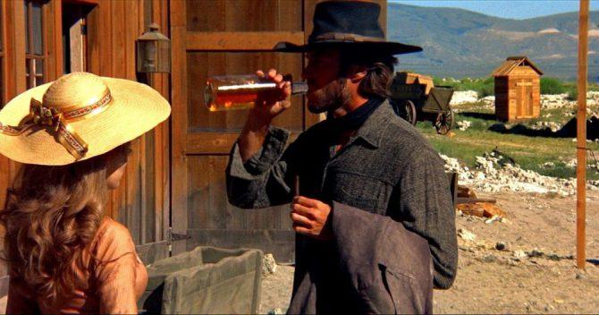 """Fotograma de """"Infierno de cobardes"""", el legendario film protagonizado por Clint Eastwood."""