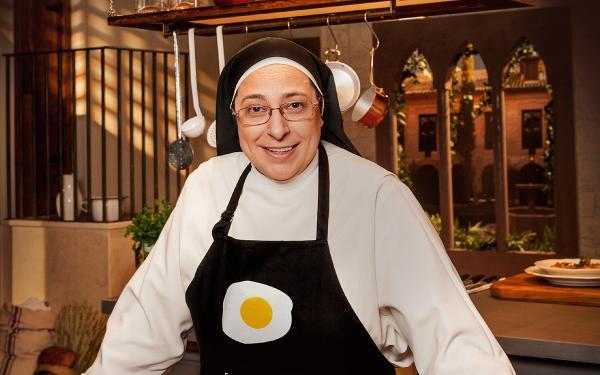 La polémica monja argentino, en uno de los programas de la telebasura a la que acude regularmente.