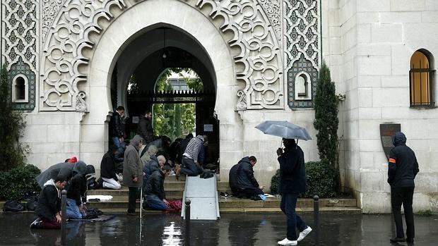 Gran Mezquita de París, en la jornada de oración del viernes