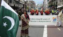 La comunidad paquistaní celebra el día de la independencia de Pakistán en Redbridge.