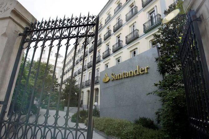 Sede del Banco de Santader en el Paseo de Recoletos de Madrid.