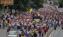Los venezolanos salen a las calles casi a diario para protestar contra el régimen militar de Nicolás Maduro