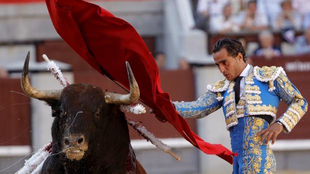 El matador Fandiño, en las Ventas en esta Feria de San Isidro, en una de sus últimas corridas