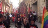 Feministas en Sevilla celebran una procesión blasfema.