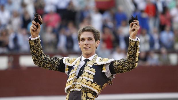 Ginés Marín, el único torero que ha desorejado un toro en la Feria