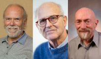 De izquierda a derecha: Barry Barish, Rainer Weiss y Kip Thorne