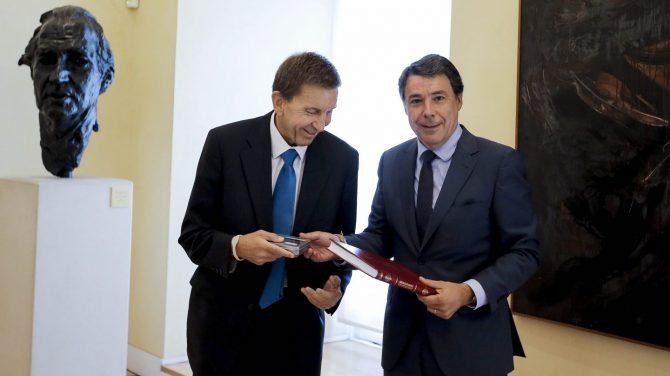 Manuel Moix e Ignacio González, en septiembre de 2014.
