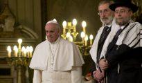 El papa Francisco en la sinagoga de Roma.