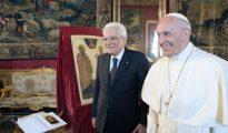 Francisco ha mantenido una reunión con el jefe de Estado italiano, Sergio Mattarella
