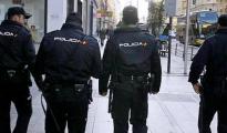 Imagen de archivo de unos agentes de la Policía Nacional en Madrid.