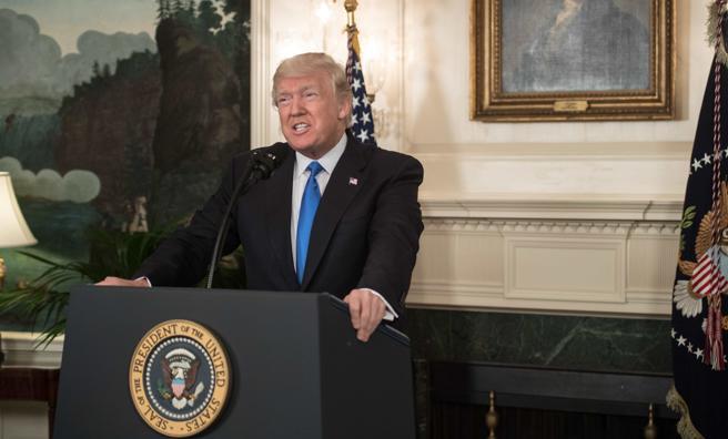 El presdente de EEUU, Donald Trump, comparece ante los medios para valorar el tiroteo de este miércoles en Virginia