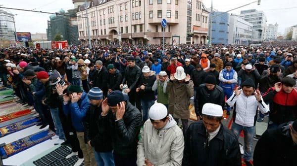 La población musulmana domina barrios enteros de Estocolmo donde aplica la sharia.