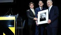 De izqda a dcha: Jonathan Soros (hijo de George Soros, CEO de JS Capital Management), David Miliband (presidente y CEO de IRC) y George Soros.