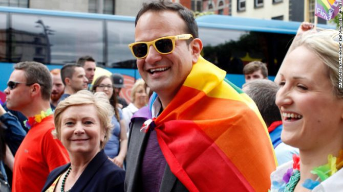 Leo Varadkar celebrando el Día del Orgullo Gay en Dublín en 2015.