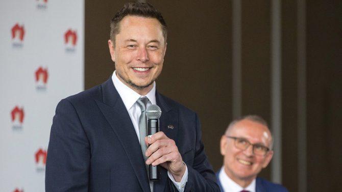 """Elon Musk advierte de una catástrofe que acecha a la humanidad de la que """"pocos se preocupan"""""""