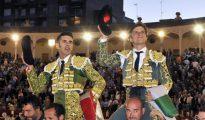 Talavante y El Juli, el pasado año, a hombros en Albacete
