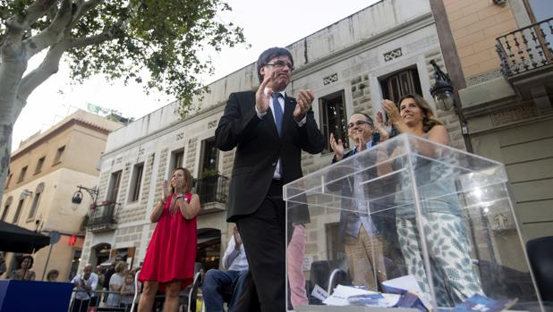 Puigdemont, en un acto a favor del referéndum